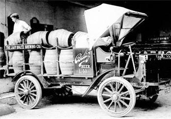 About Us - History | Autocar Trucks