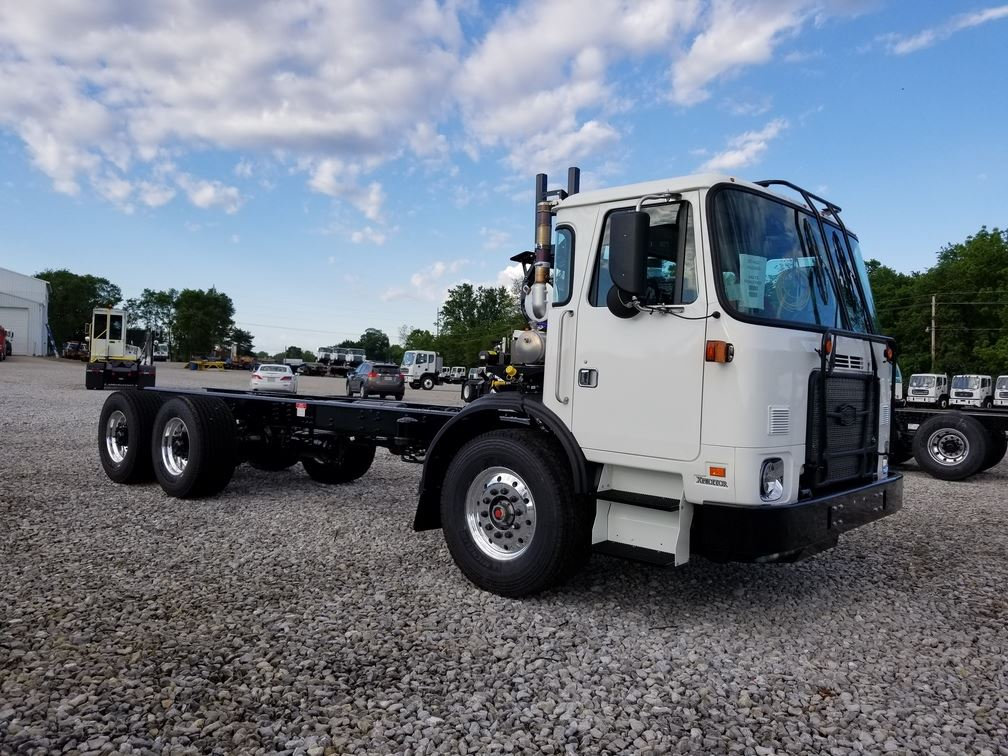 01f60cb72d 2016 Autocar ACX64 Roll Off Garbage Truck - CNG   Low Mileage!